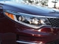 2016-Kia-Optima-Headlamp-01