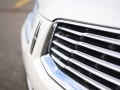 2016-Lincoln-MKX-Grille-01