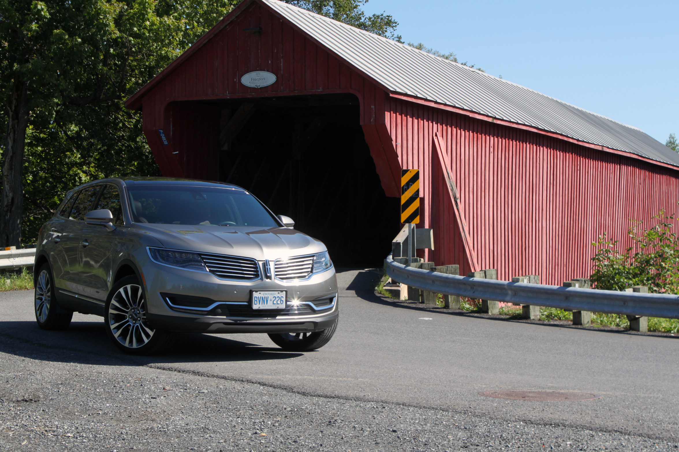 2016 Lincoln Mkx Review 27