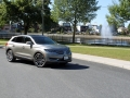 2016-Lincoln-MKX-Review-30