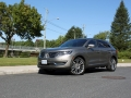 2016-Lincoln-MKX-Review-35