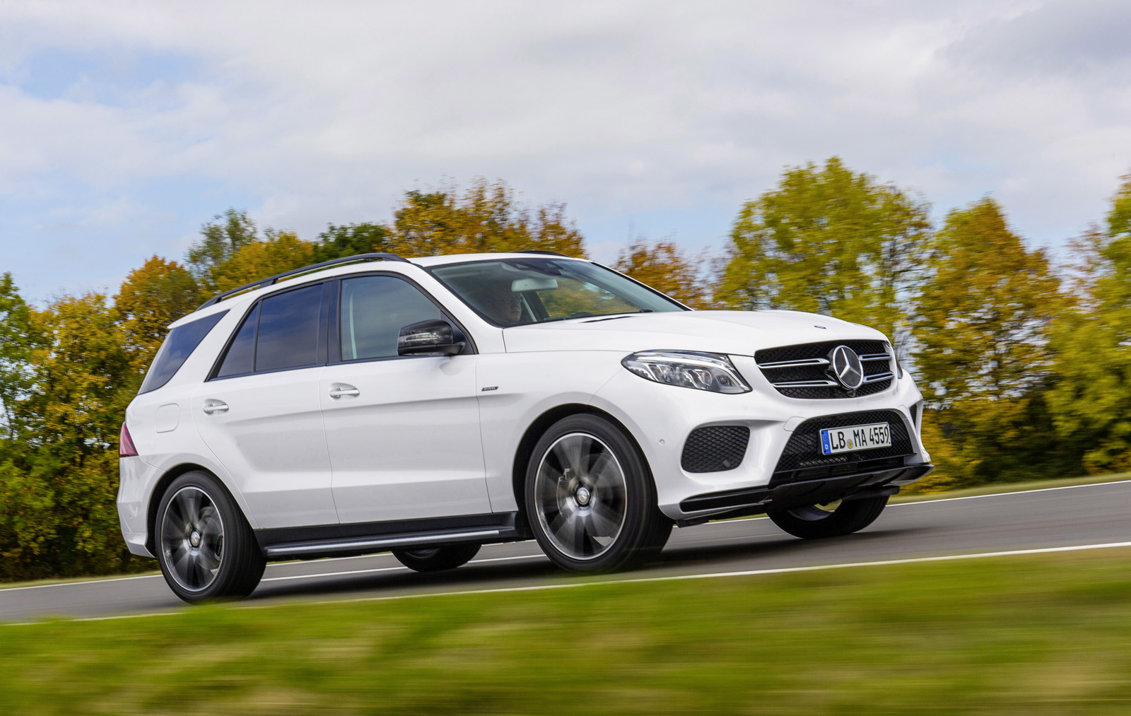 2016 mercedes benz gle 450 amg 4matic suv makes debut
