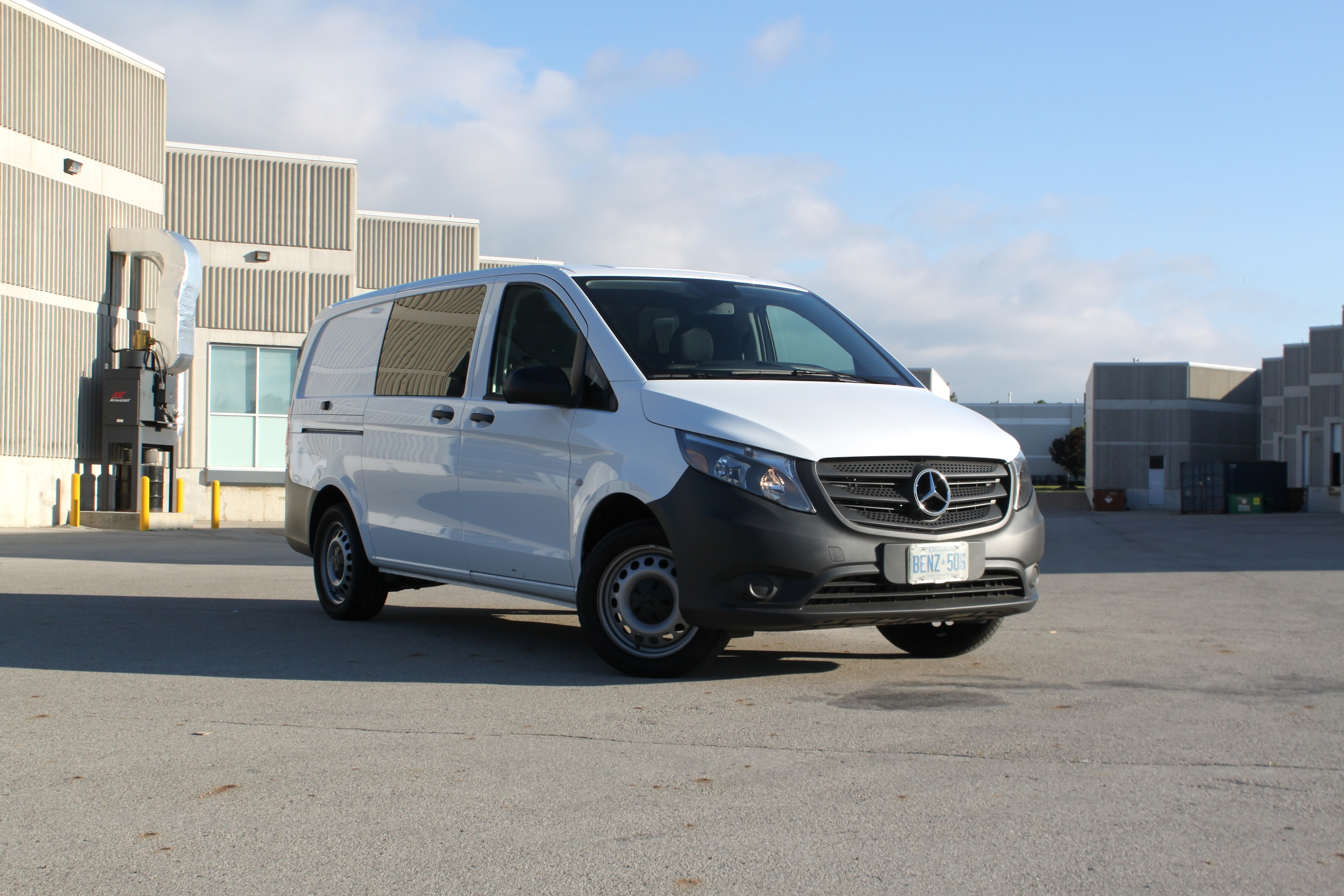 2016 Mercedes Benz Metris Cargo Van Review