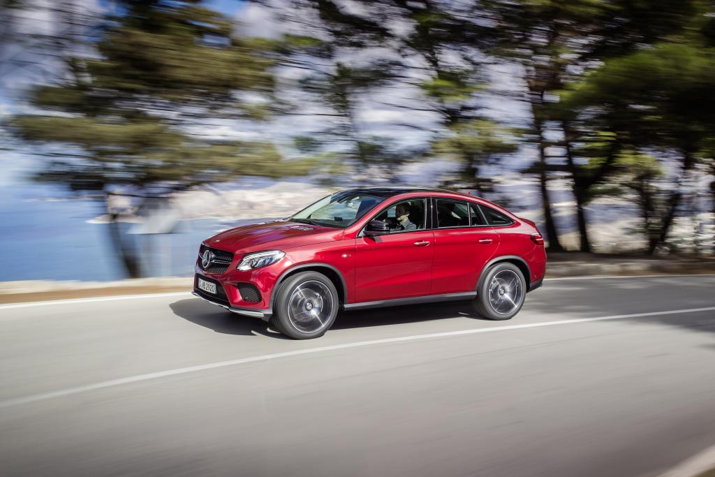 2016 mercedes benz gle 350d 4matic coupe review. Black Bedroom Furniture Sets. Home Design Ideas