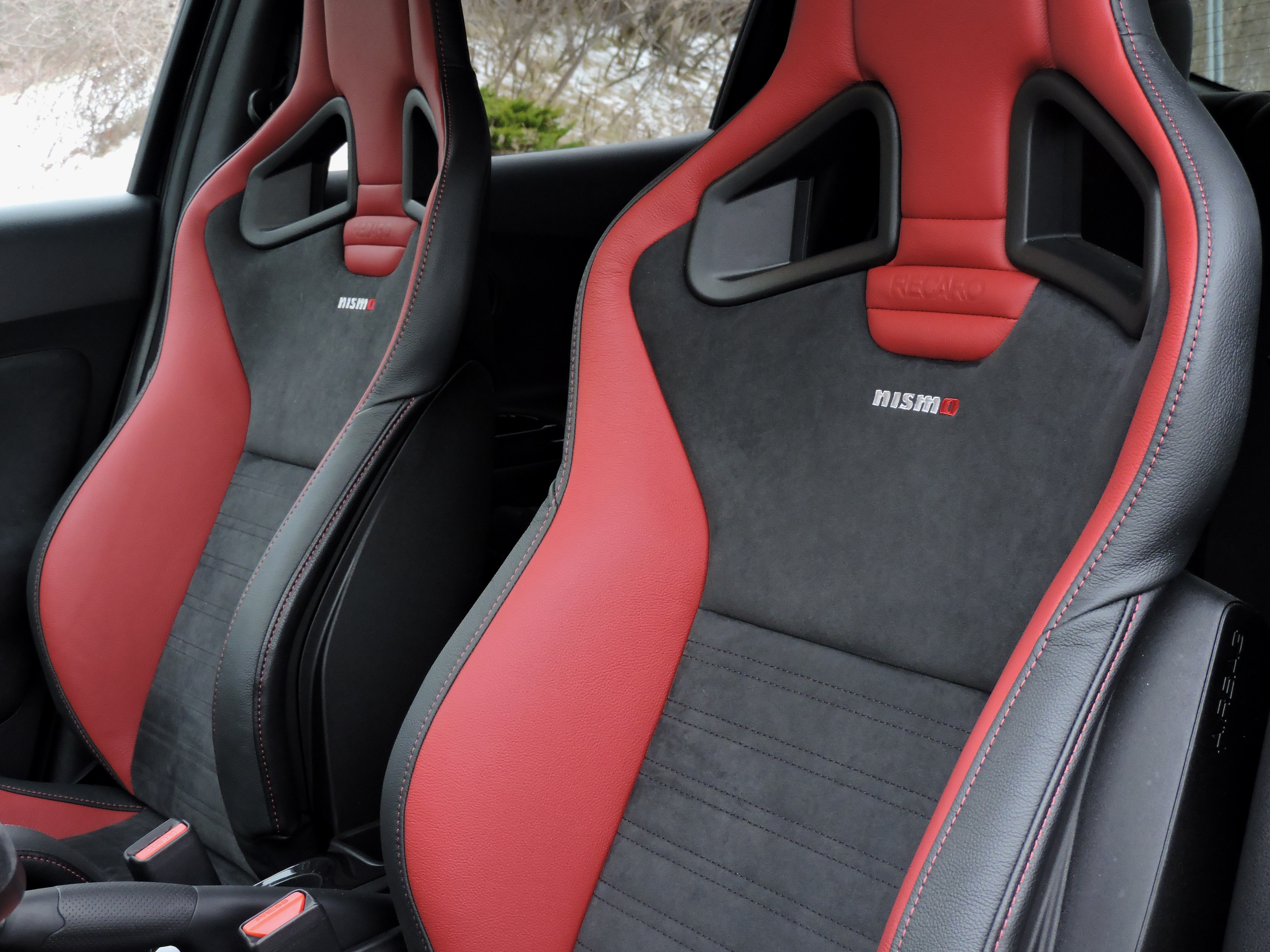 Super 2016 Nissan Juke Nismo Rs Awd Review Autoguide Com Caraccident5 Cool Chair Designs And Ideas Caraccident5Info