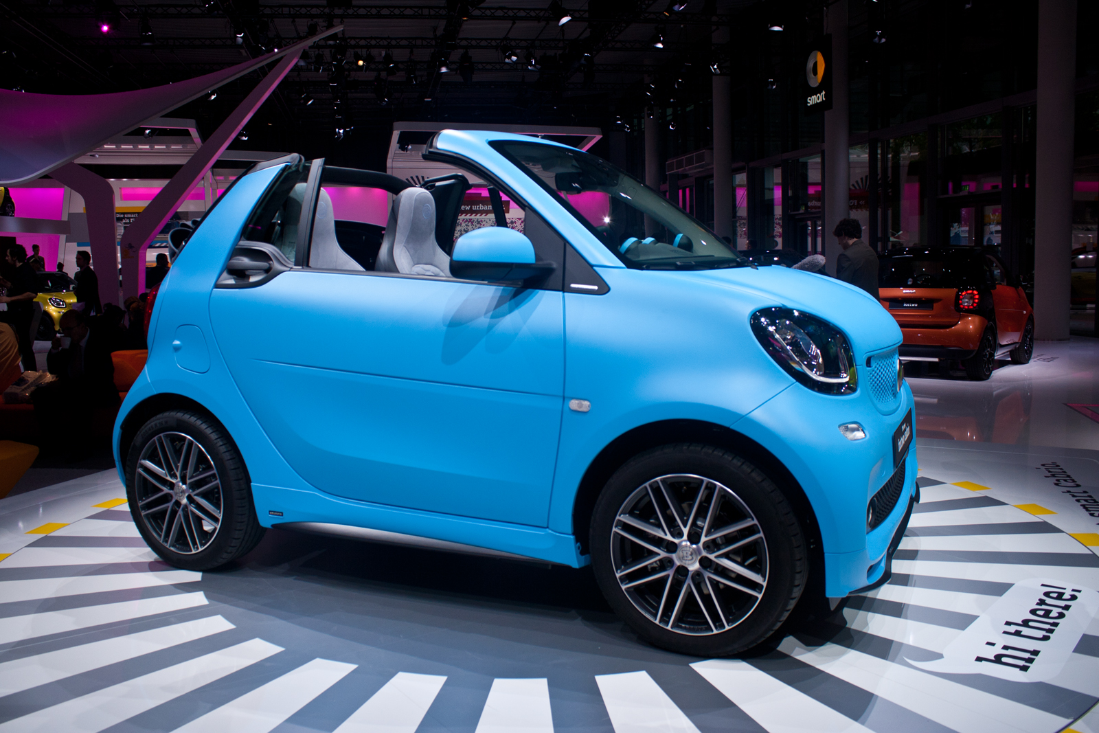 2016 Smart Fortwo Cabrio Unveiled Makes Debut at Frankfurt Motor