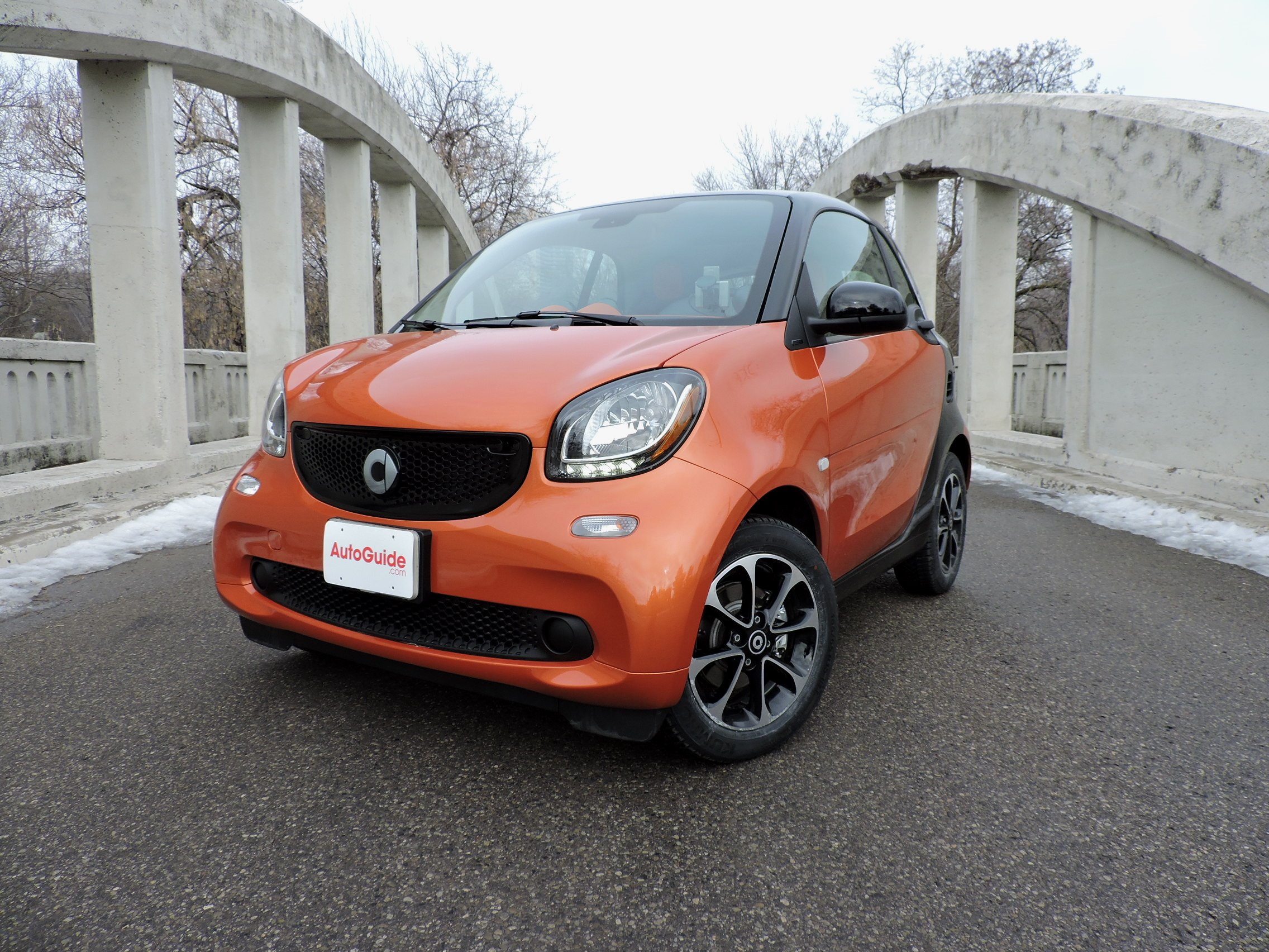 2016 Smart Fortow Pion 01