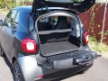 2016-smart-fortwo-cargo-area-03