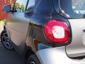 2016-smart-fortwo-tail-light-01