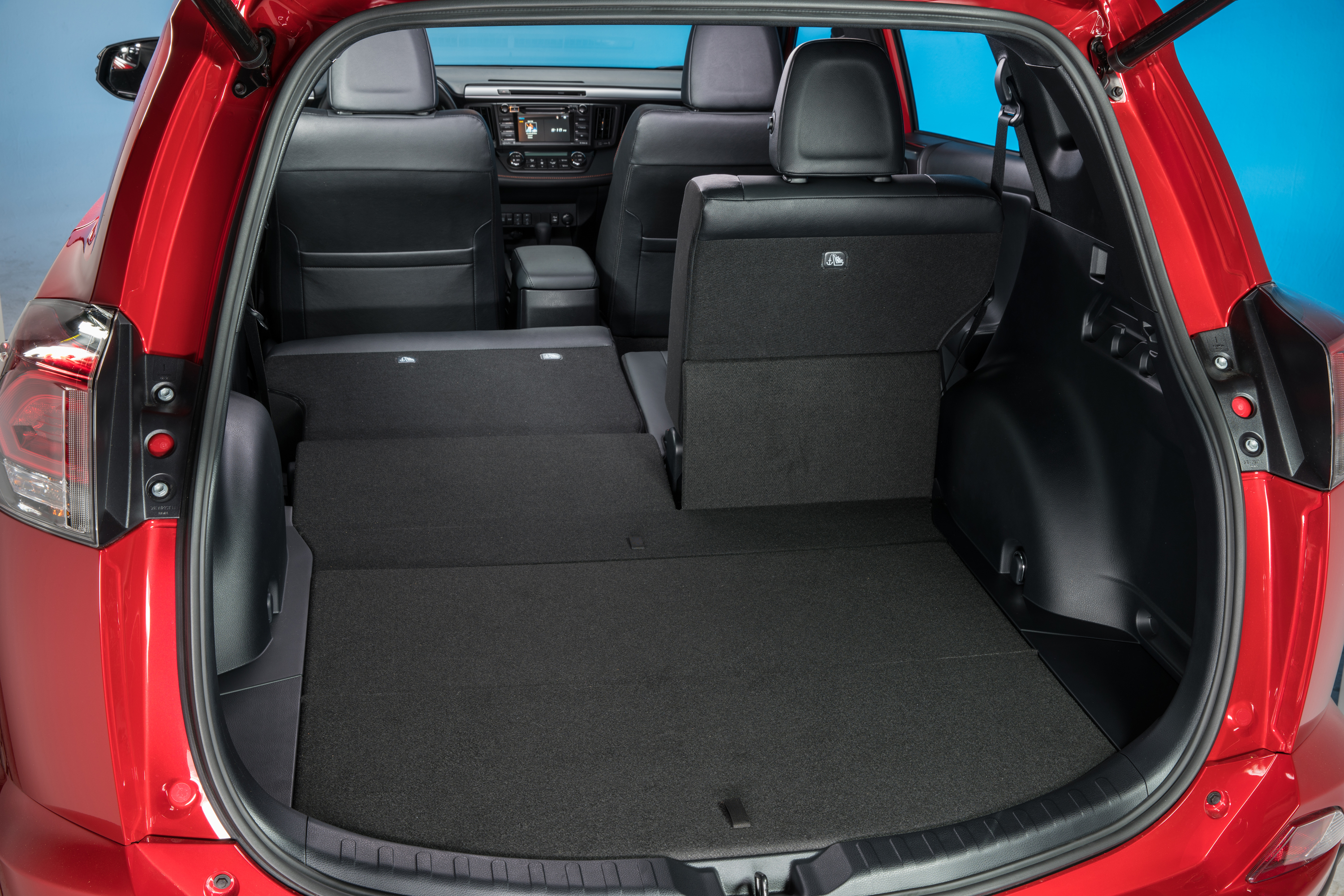 ... 2016 Toyota RAV4 SE Review Interior  (10) ...