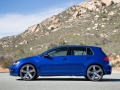 2016 Volkswagen Golf R Review-22
