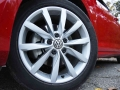 2016-Volkswagen-Golf-SportWagen-Wheel