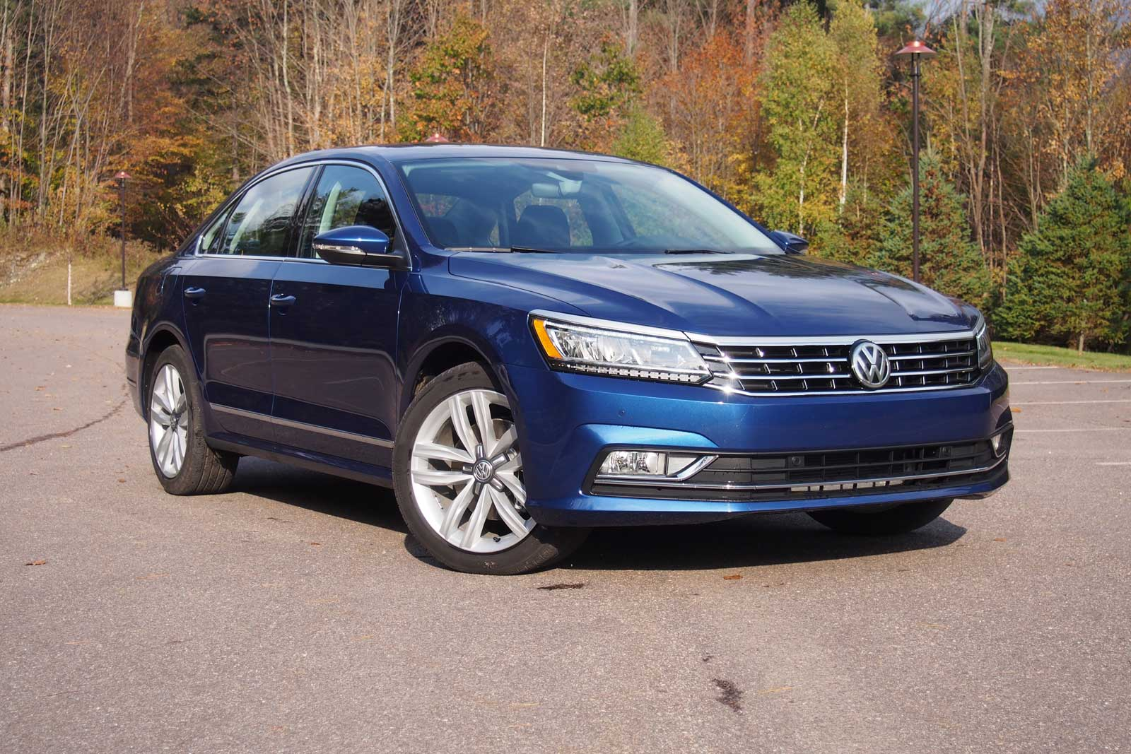 2016 volkswagen passat review news. Black Bedroom Furniture Sets. Home Design Ideas
