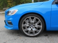 2016-Volvo-V60-Polestar-Review-14