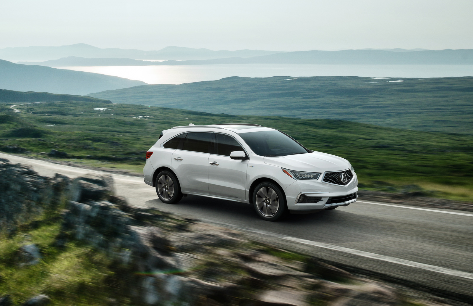 2017 Mdx Sports Hybrid Sh Awd With Advance Packagewhite Diamond Pearlpenger Front 3 4