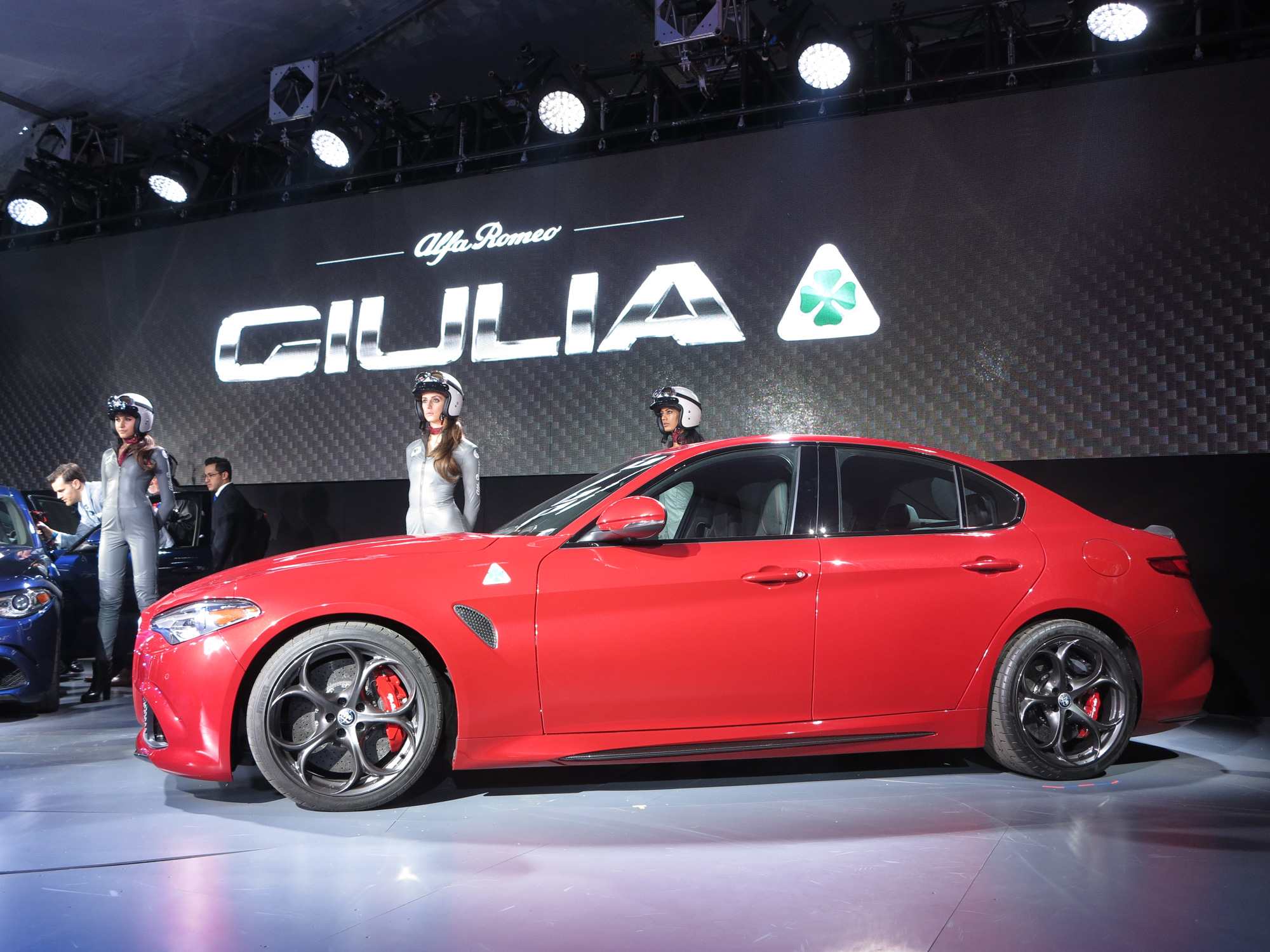 alfa romeo giulia arrives in us bearing 505 hp. Black Bedroom Furniture Sets. Home Design Ideas