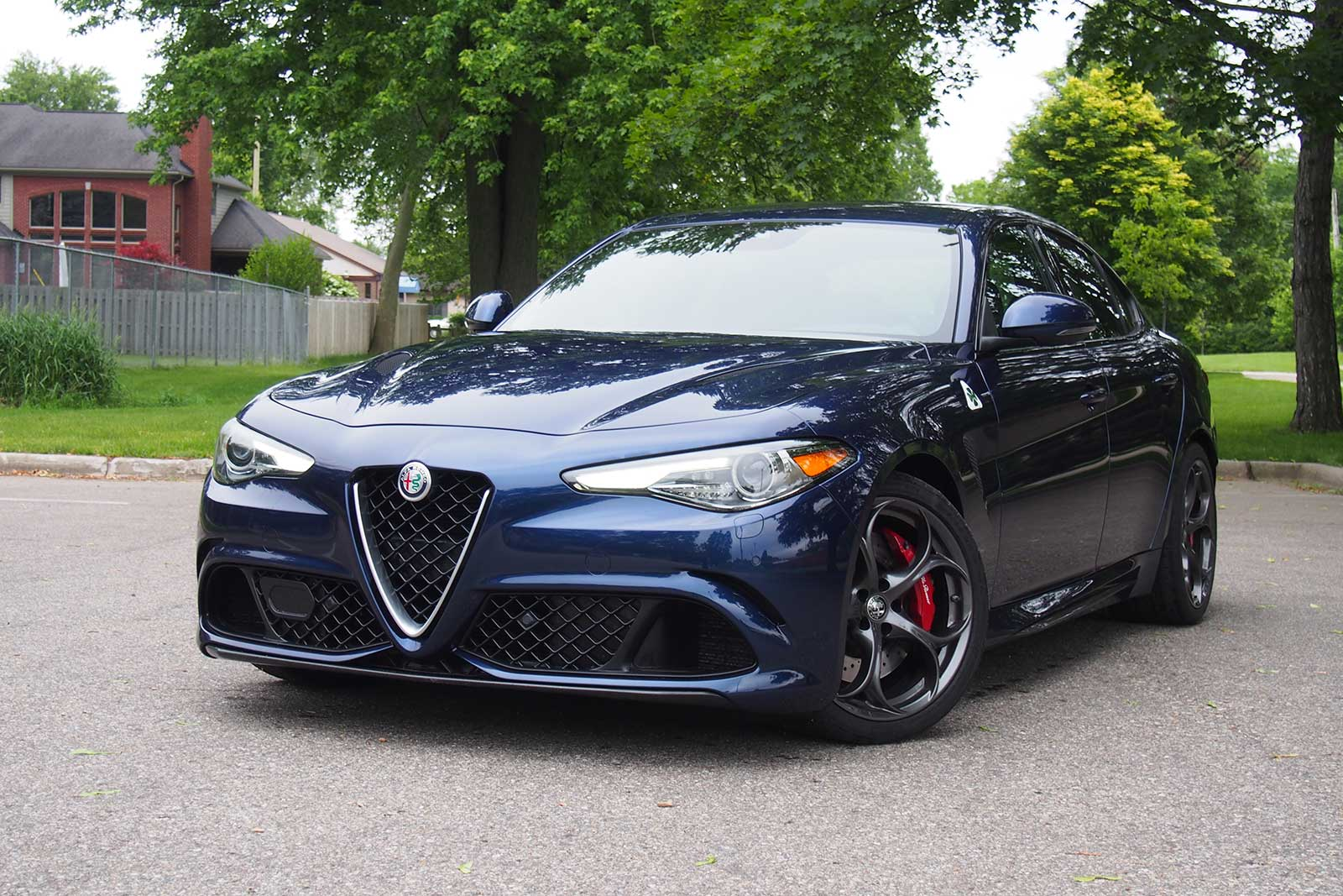 2017 alfa romeo giulia quadrifoglio review. Black Bedroom Furniture Sets. Home Design Ideas