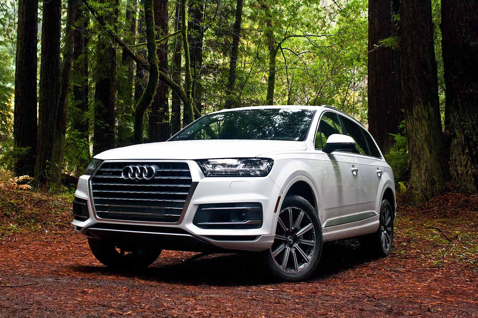 2017 audi q7 review news. Black Bedroom Furniture Sets. Home Design Ideas