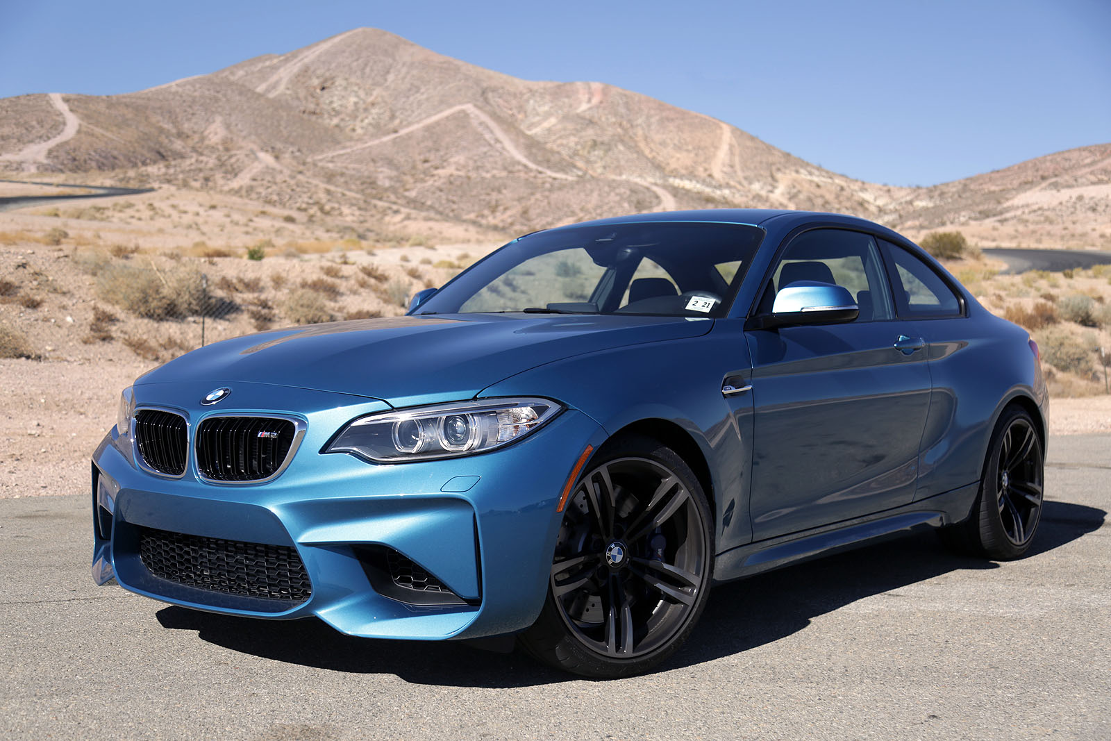 2017 bmw m2 car of the year contender. Black Bedroom Furniture Sets. Home Design Ideas
