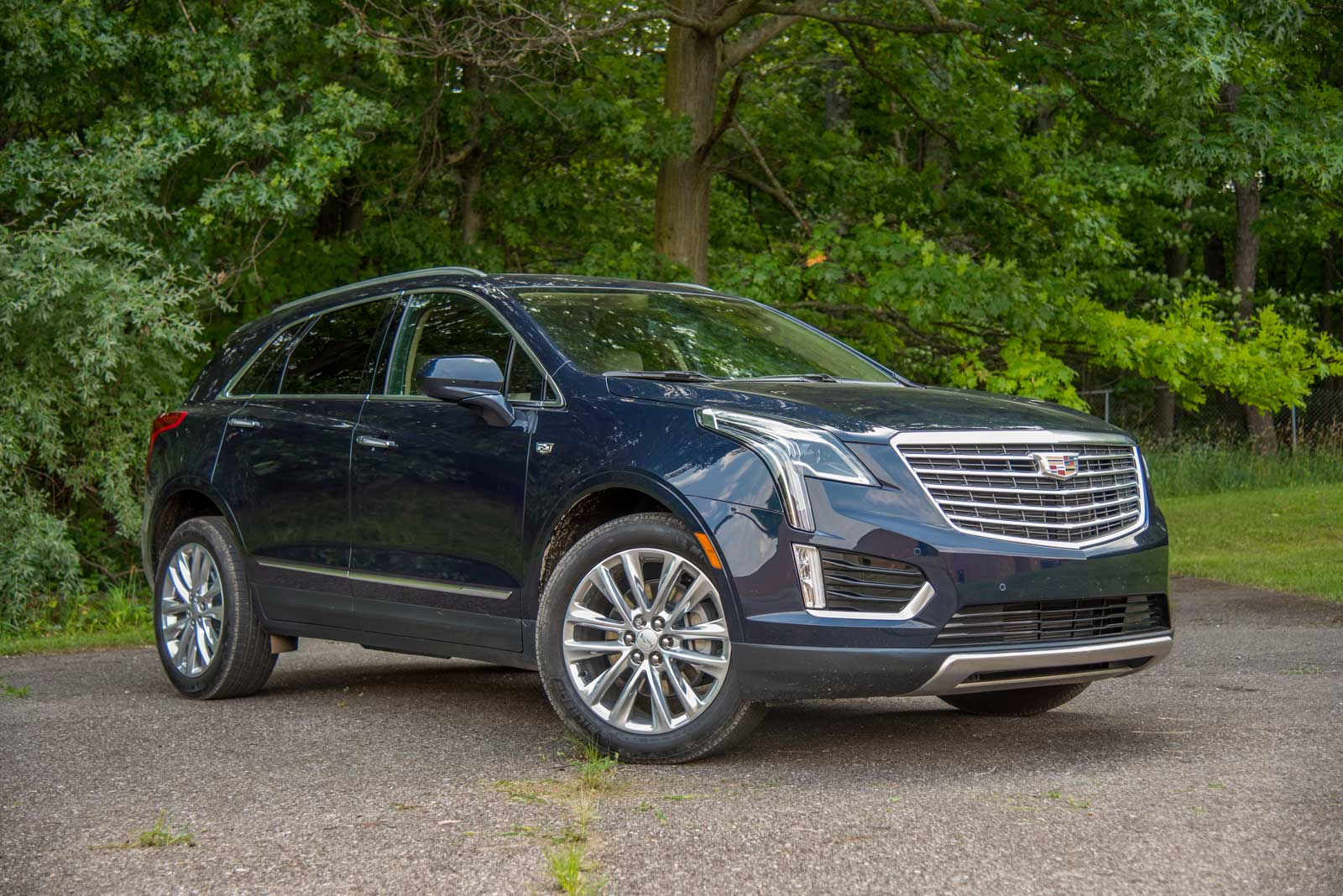 2017 cadillac xt5 platinum awd review news. Black Bedroom Furniture Sets. Home Design Ideas