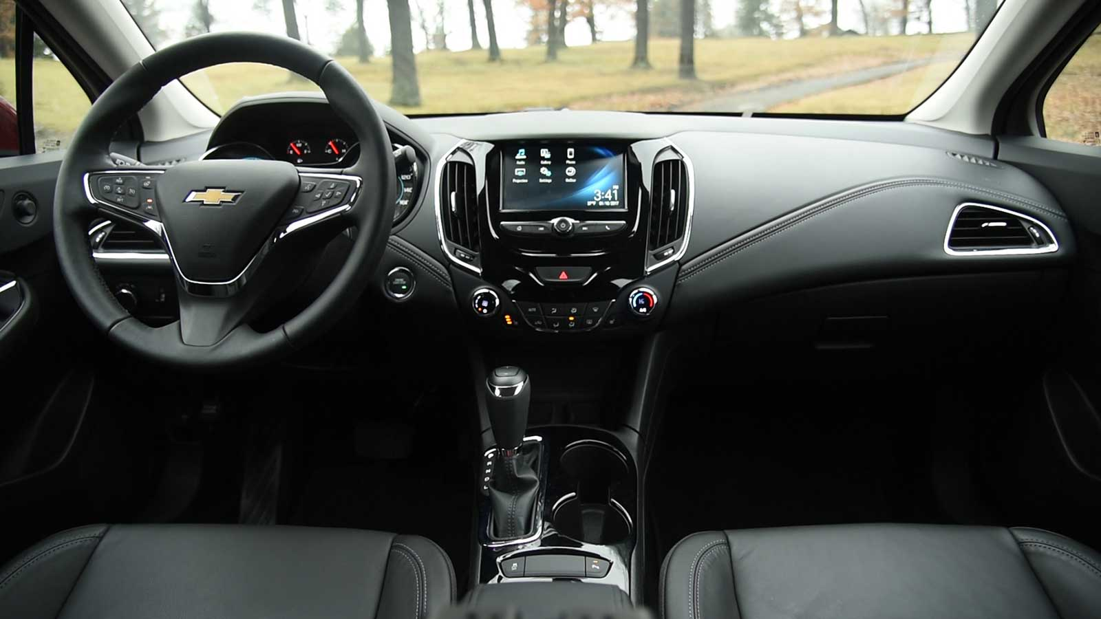 2017 Chevrolet Cruze Hatchback Interior 09