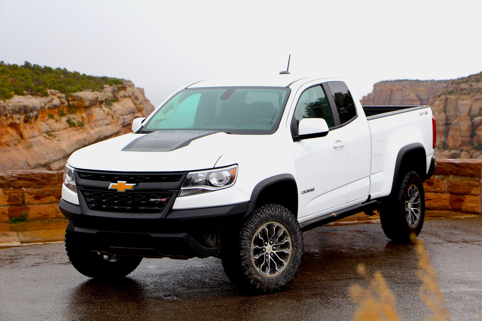 2017 chevrolet colorado zr2 first drive review car and autos post. Black Bedroom Furniture Sets. Home Design Ideas