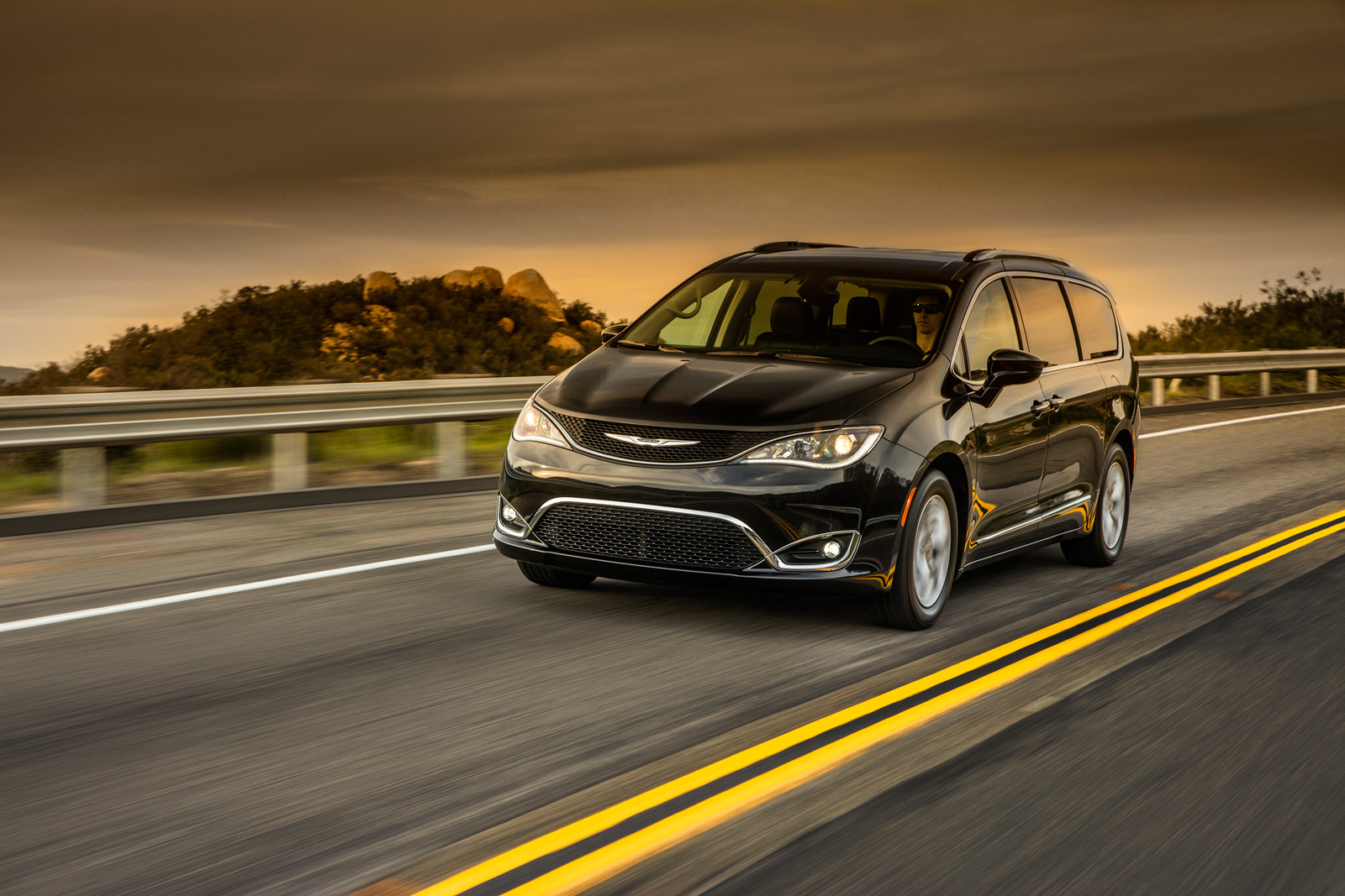 2017 Chrysler Pacifica Lineup Adds New Touring Plus Model