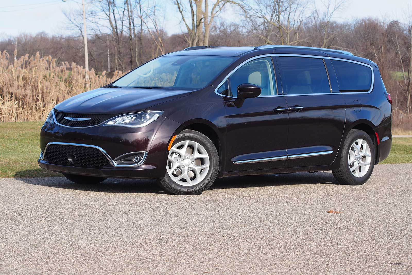 2017 Chrysler Pacifica Touring L Plus 3