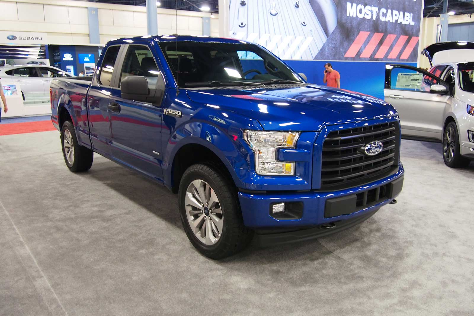 ford brings stx appearance package to f 150 super duty trucks news. Black Bedroom Furniture Sets. Home Design Ideas
