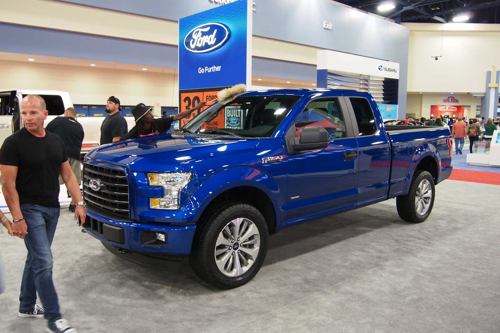 Ford Brings Stx Appearance Package To F 150 Super Duty Trucks 2004 Sxt 2017 Front