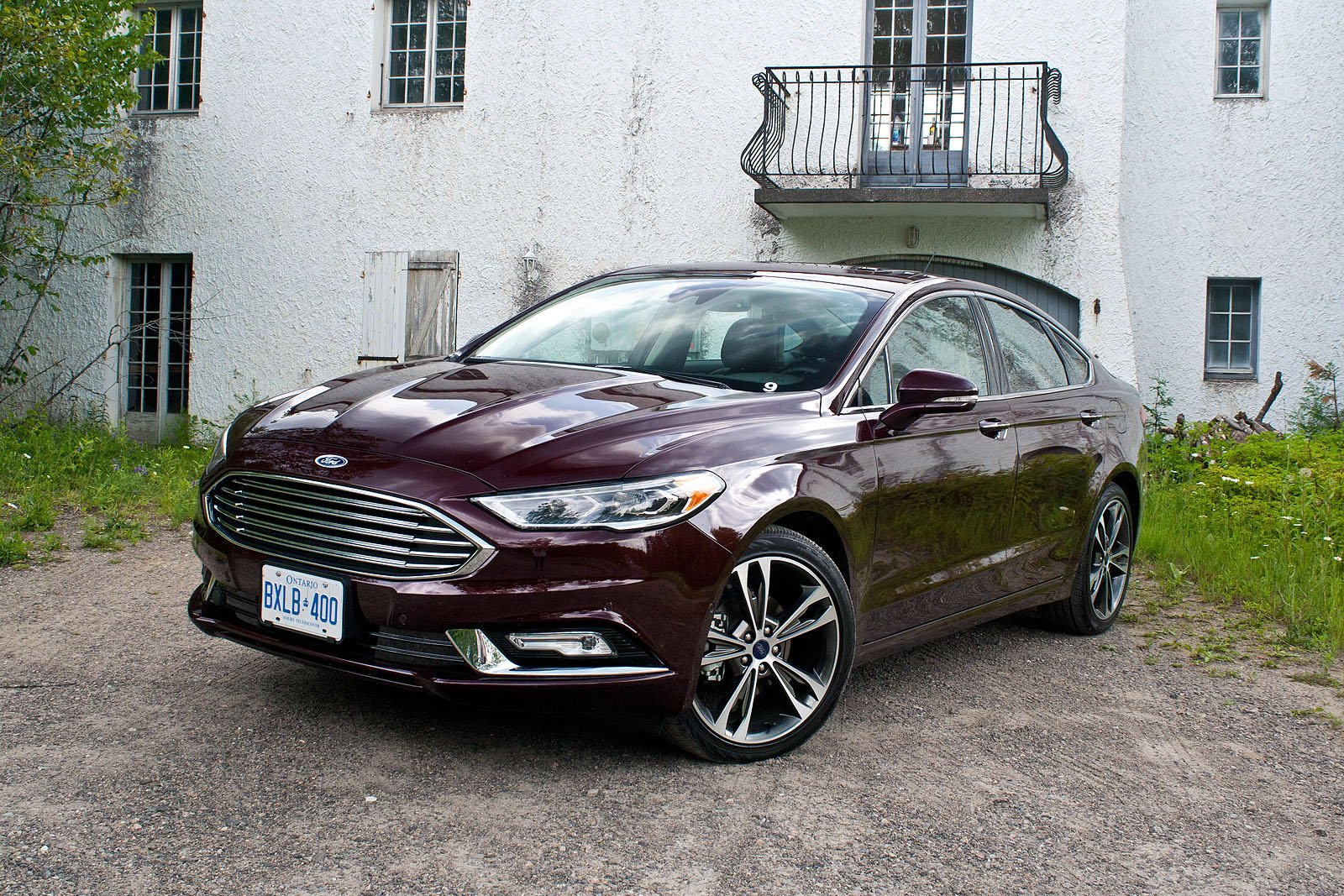 2017 Ford Fusion Review 35