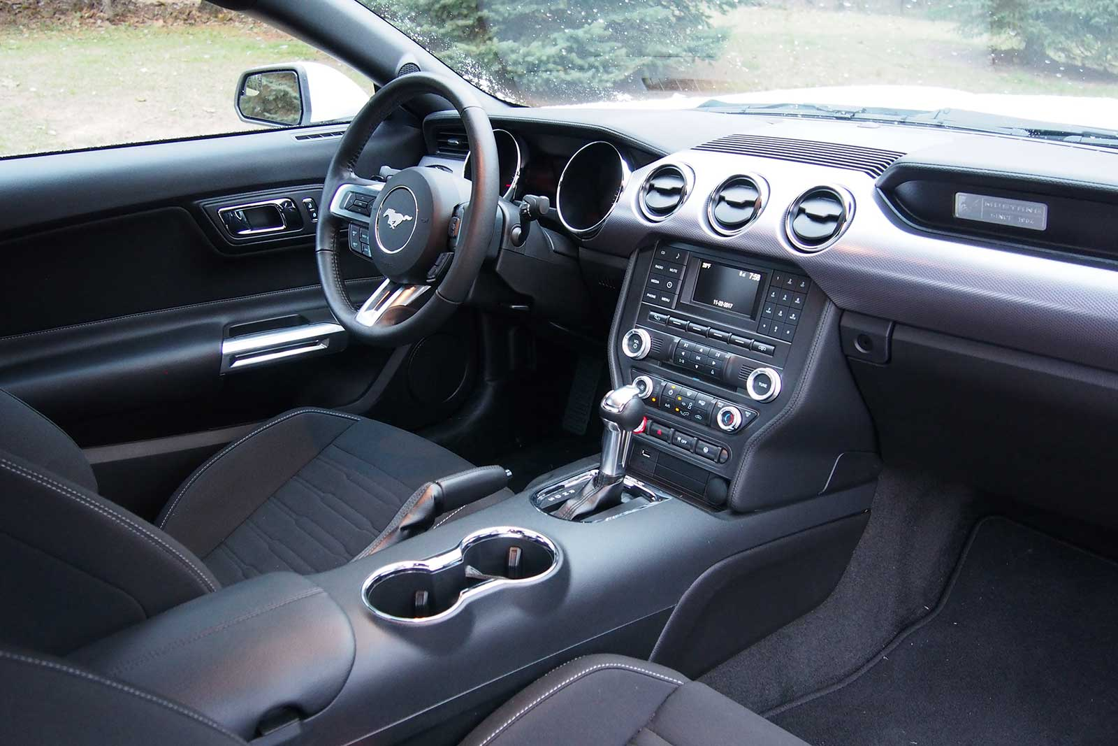 2017 Ford Ecoboost Mustang Performance Interior 06