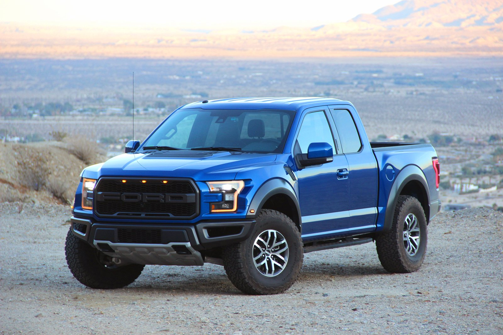 2017 Ford Raptor Review9