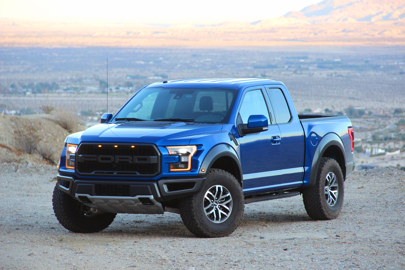 2017 Ford F 150 Raptor Review Autoguide Com
