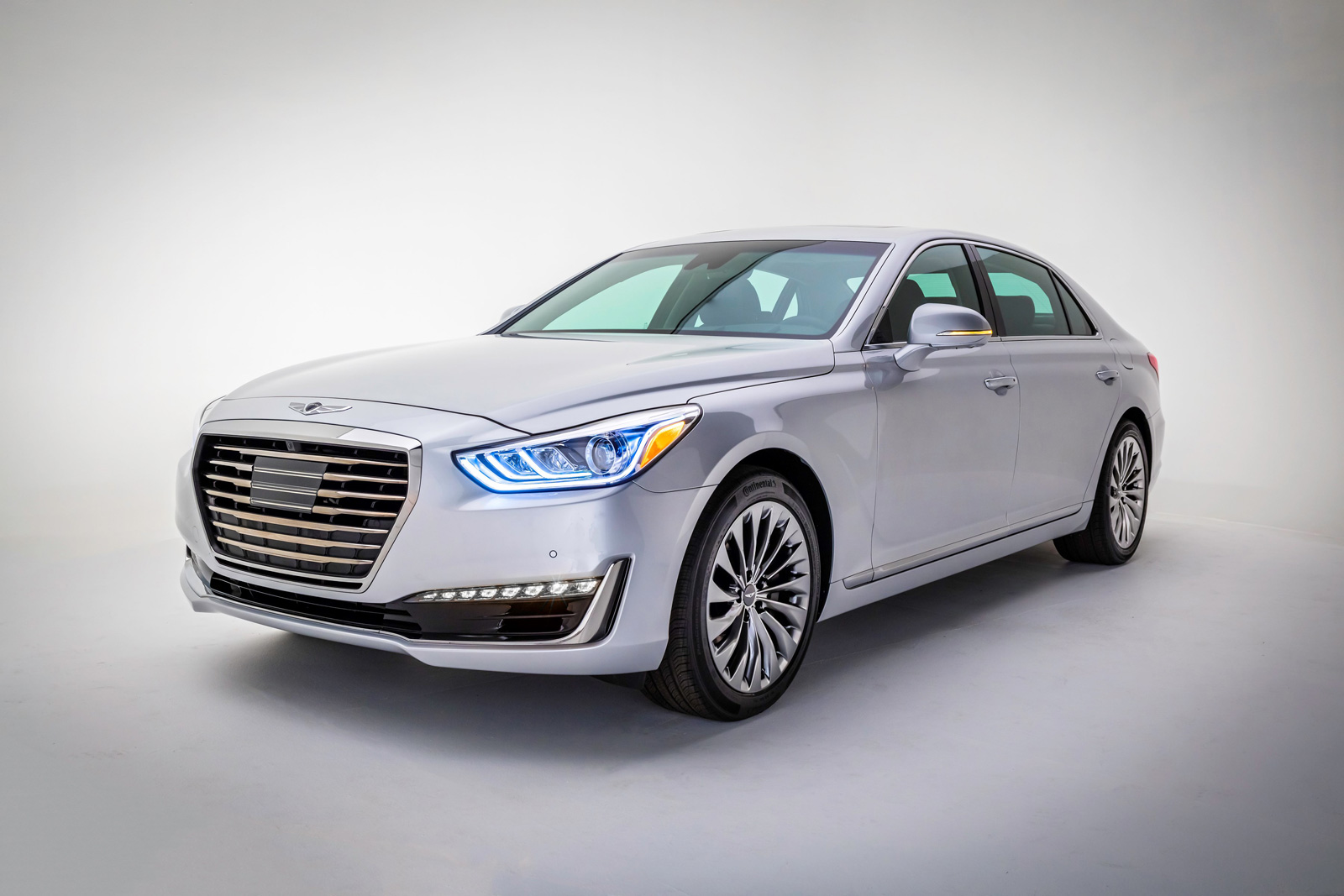6 Things You Should Know About the 2017 Genesis G90 from ...