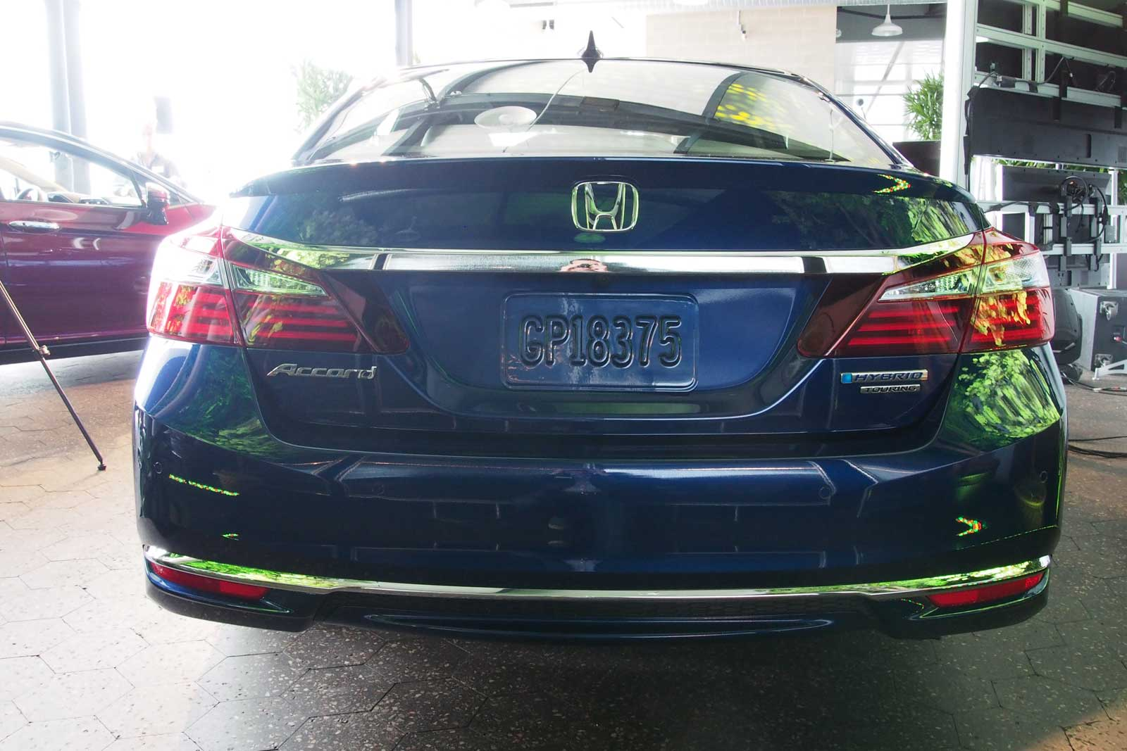 2017 Honda Accord Hybrid 10