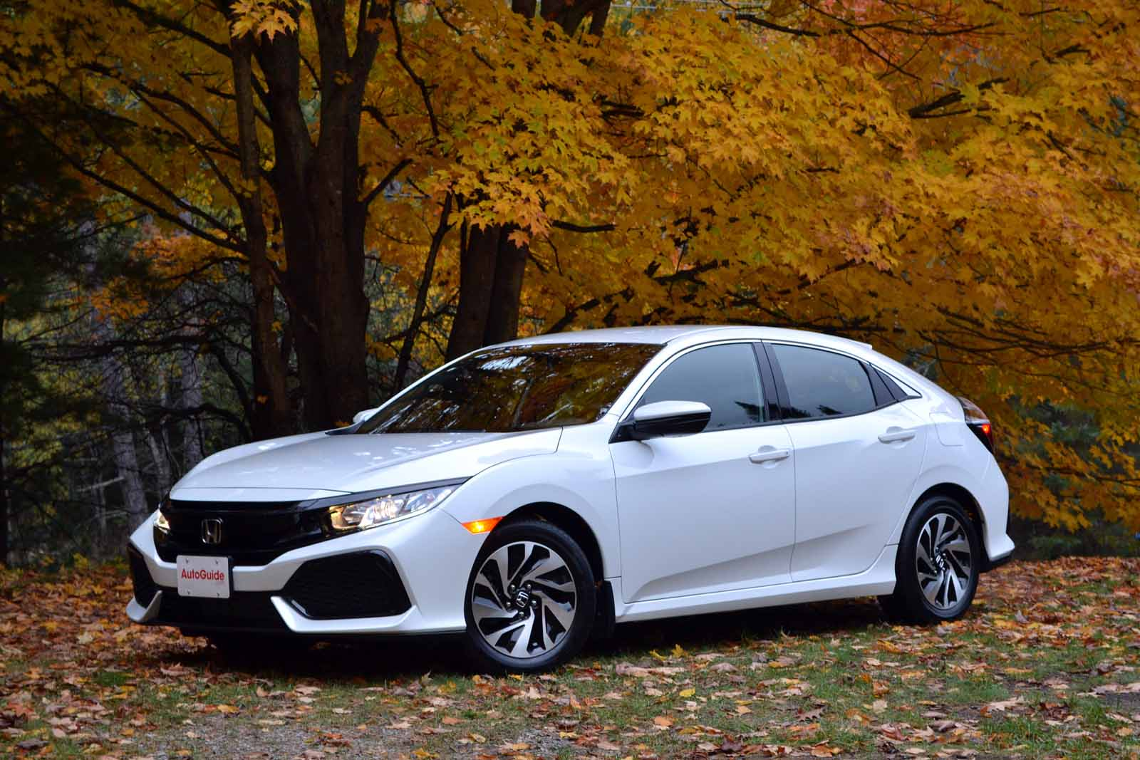 2017 honda civic hatchback review news