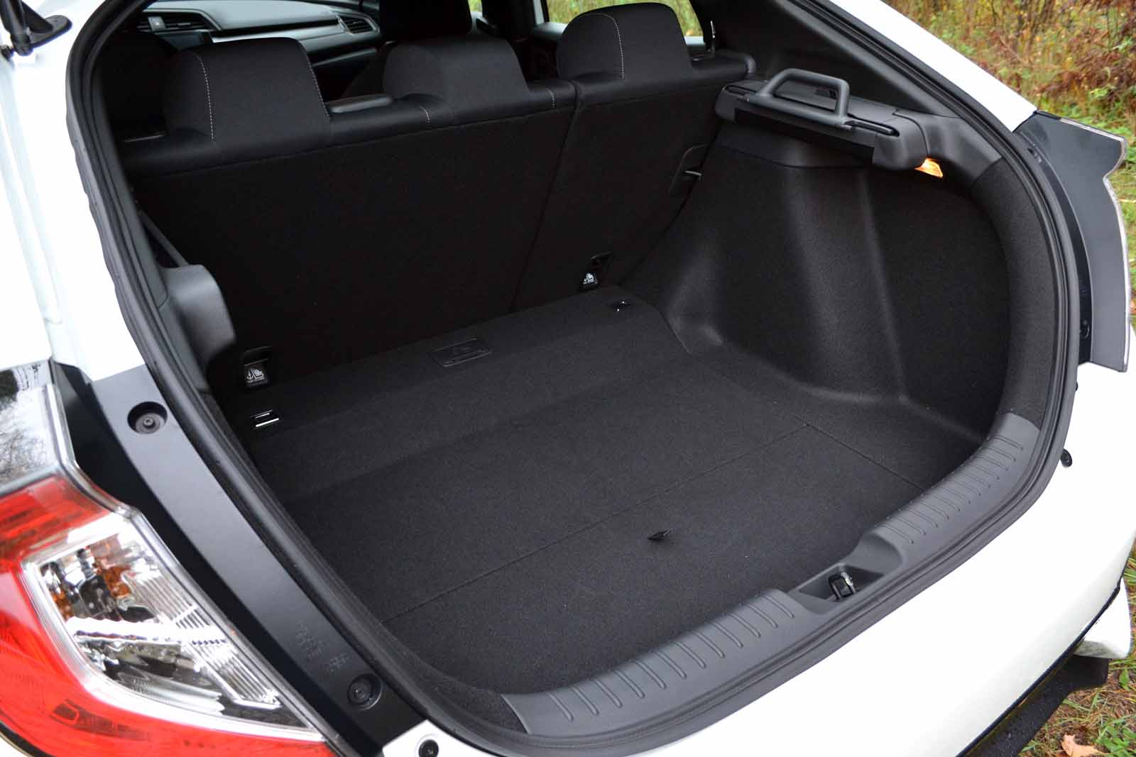 2017 civic hatchback cargo space best new cars for 2018 for Honda accord cargo space