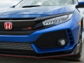 2017-honda-civic-type-r-103