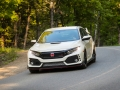 2017-honda-civic-type-r-13