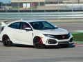 2017-honda-civic-type-r-16