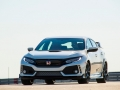 2017-honda-civic-type-r-20