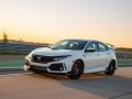 2017-honda-civic-type-r-30