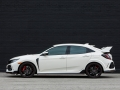 2017-honda-civic-type-r-39