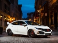 2017-honda-civic-type-r-47