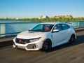 2017-honda-civic-type-r-59