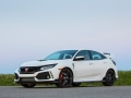 2017-honda-civic-type-r-67