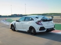 2017-honda-civic-type-r-71