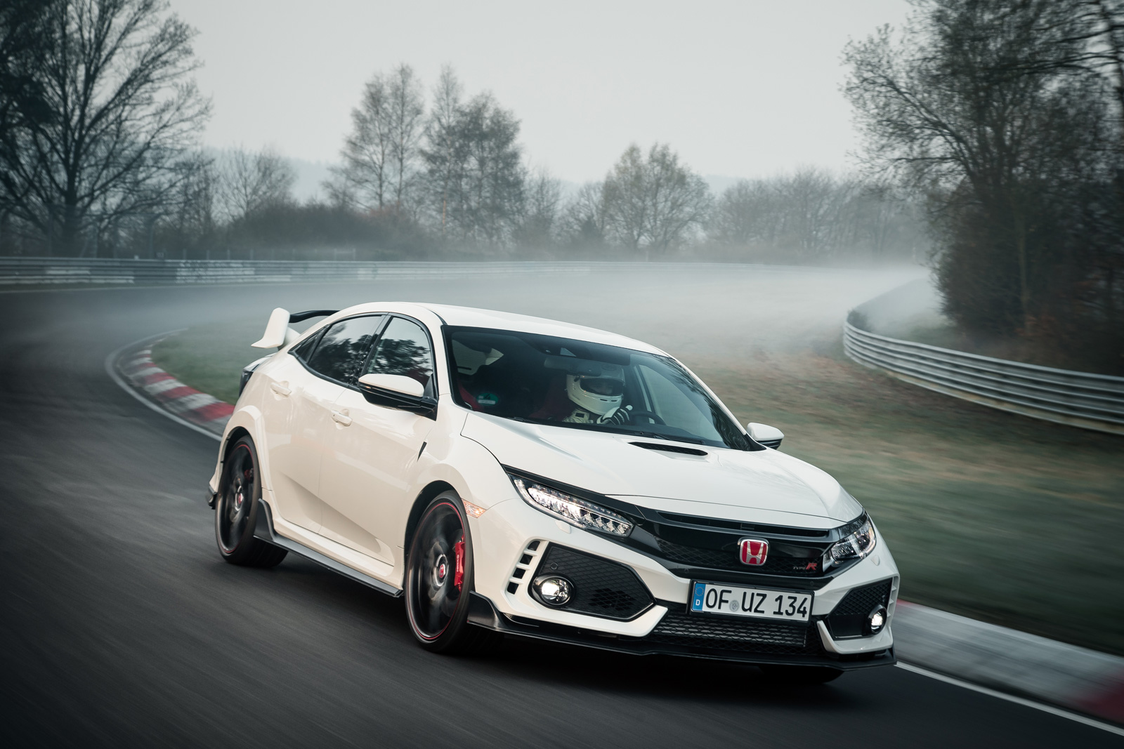 top 10 cars the 2017 honda civic type r beats on the nurburgring news. Black Bedroom Furniture Sets. Home Design Ideas