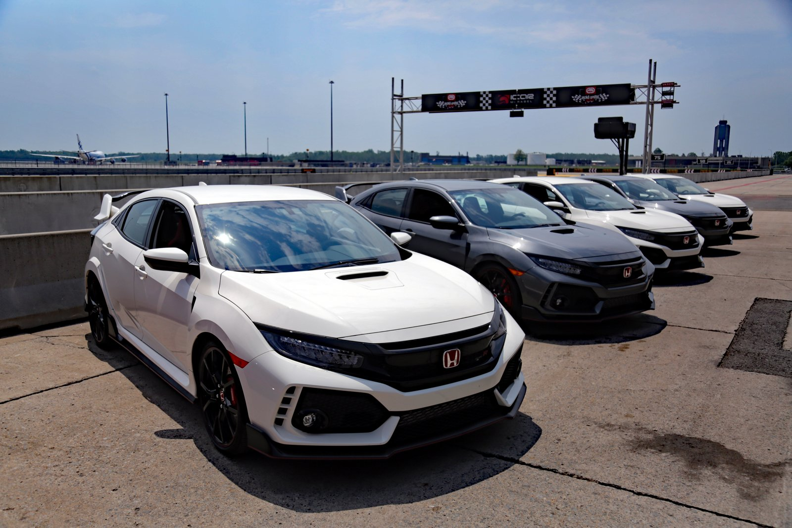 2017 Honda Civic Type R Colpitts 1600x1067 001